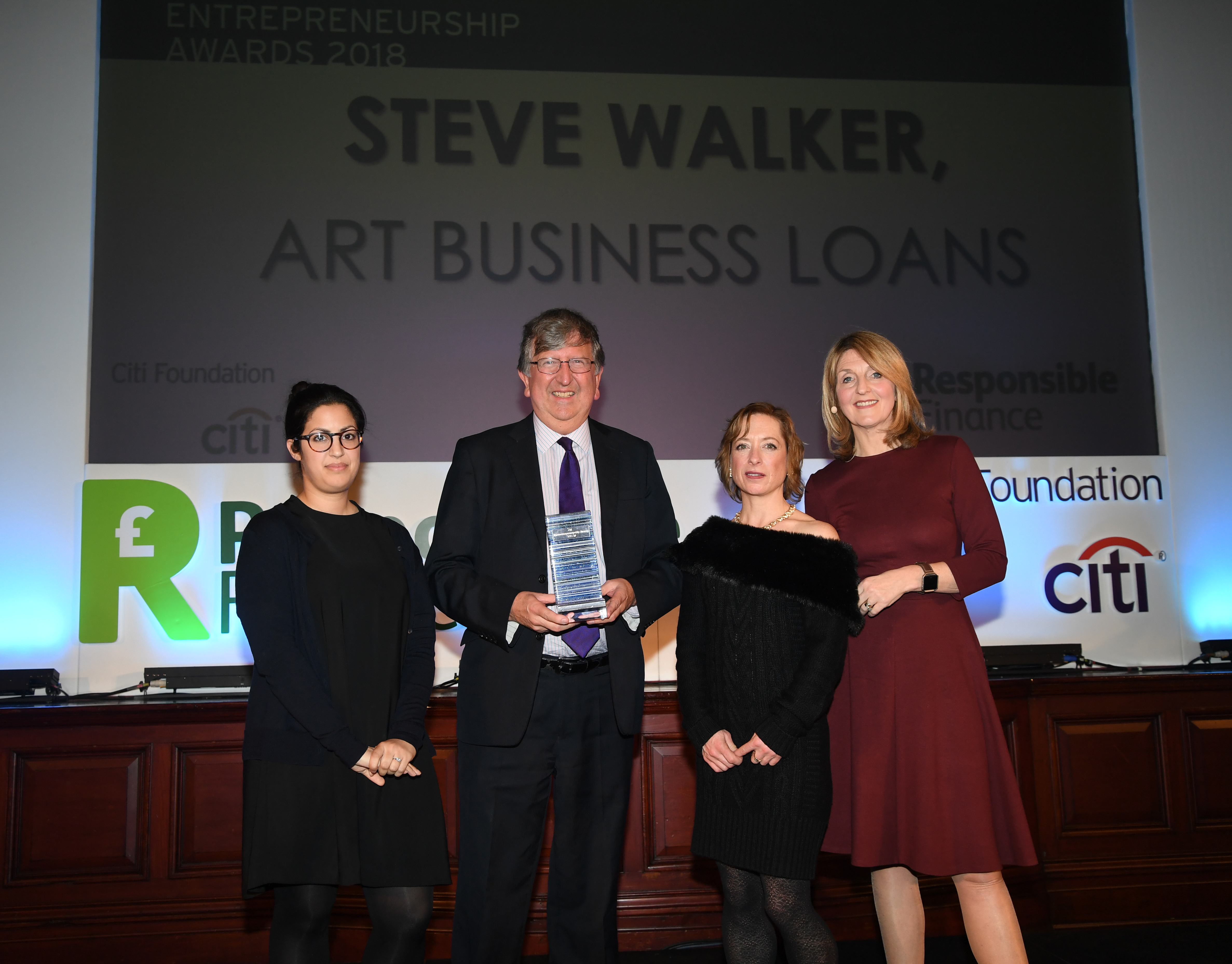 Dr Steve Walker receives Responsible Finance Leader of the Year Award 2018